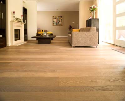 New Classics Lausanne Oak rustic smoked brushed coloured white oiled - 1830x90/130/220x15