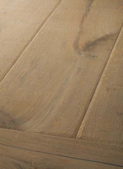 11 Oak Emperior Plank - original surfice brushed, hand-bevelled, lyed and oiled