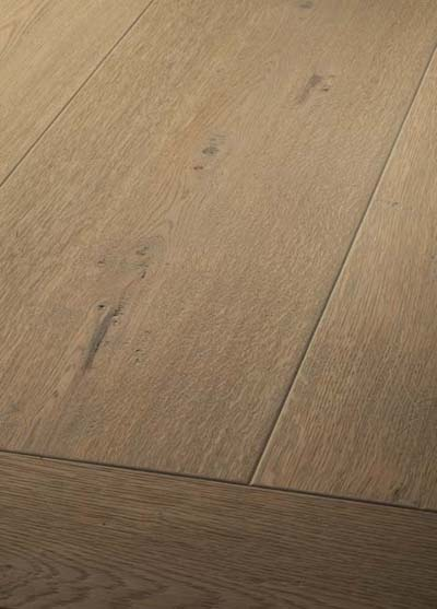 34 Oak handscraped - brushed, rounded, lyed and oiled
