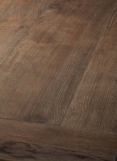 64 Oak antique, brushed, light patinated and oiled
